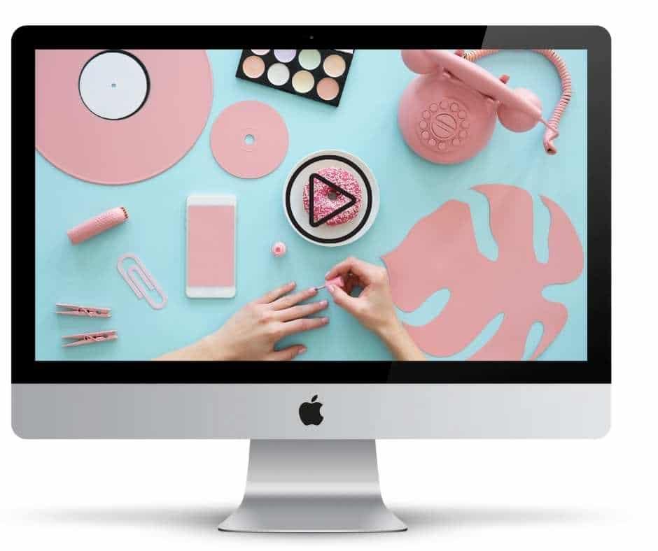Mac Screen Showing Nail Art Course